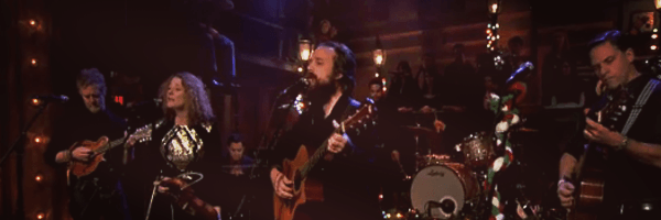 Iron and Wine, Glen Hansard, Kathleen Edwards and Calexico cover Fairytale of new york